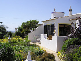 ALGARVE holiday cottages