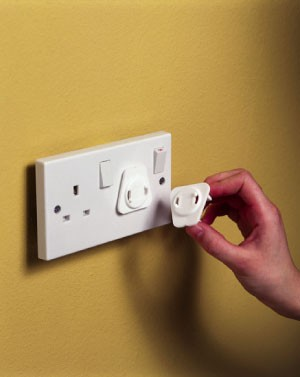 Baby Dan BabyDan Twisting Plug Socket Cover (Pack of six)