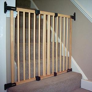 Flexi Fit Gum Tree Wooden Baby Gate