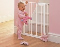 BABYDAN squeeze handle safety gate