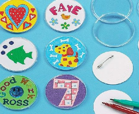 Baker Ross Design a Badge Kit 55mm Clear Plastic Badge with Blank Paper Inserts for Children to Personalise amp; Offer as a Gift for Fathers Day (Pack of 10)