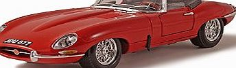 Bburago Jaguar E Type Convertible (1961) Diecast Model Car (1:18 Scale) (Colours May Vary)