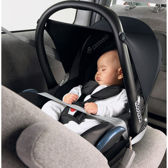 Maxi-Cosi CabrioFix Car Seat in Black Reflection