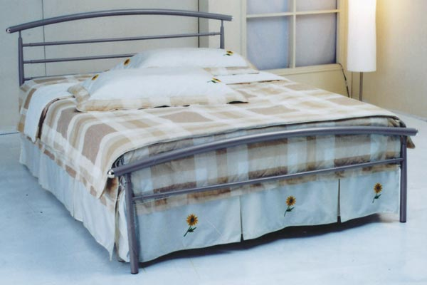 Lucca Metal Bed Frame Double 135cm