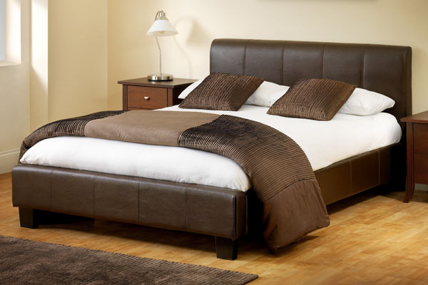 Vienna Faux Leather Bed Frame Kingsize 150cm