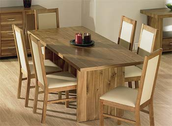 Tetro Dining Set in Acacia