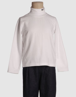 TOP WEAR Long sleeve t-shirts BOYS on YOOX.COM