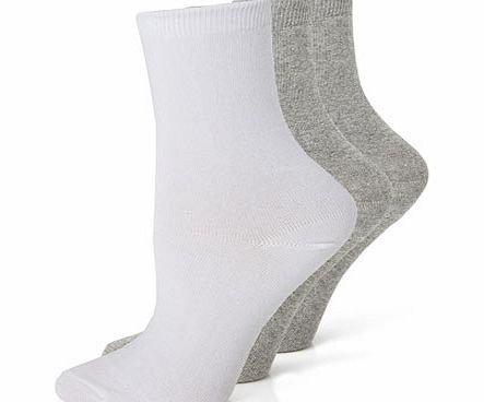 Womens Grey  White 3 Pack of Blister Resist