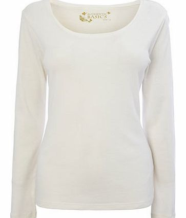 Womens Ivory Long Sleeve Scoop Neck Top, ivory