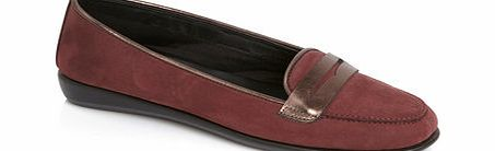 Womens TLC Wine Contrast Tab Loafer, wine