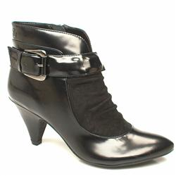 Female Nazza Covered Stud Ank Leather Upper in Black
