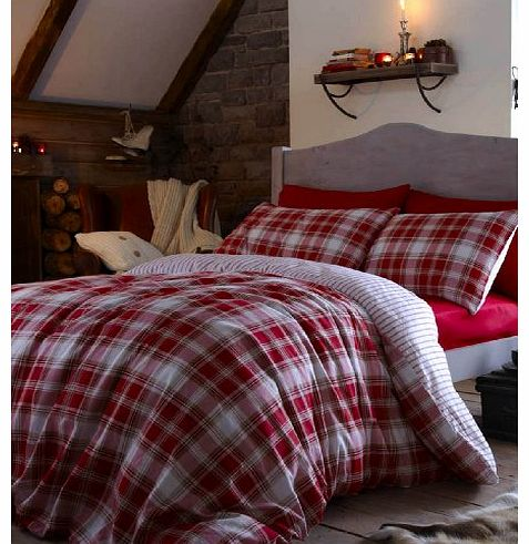 Catherine Lansfield Tartan Duvet Cover - Red BDB33137WKHQRed