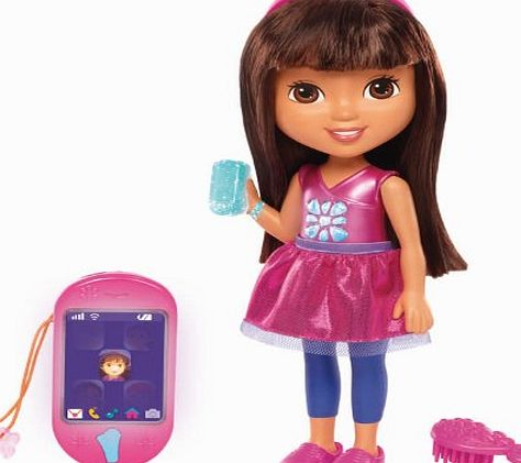 Dora Friends Fisher Price - Dora and Friends Toy - Talking Dora Interactive Doll with Smartphone - 50 Phrases