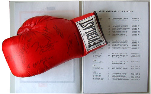 Glove signed by 9 heavyweight world champions