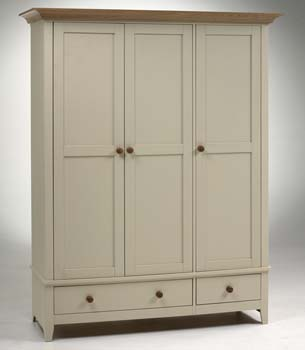 Furniture123 devon triple wardrobe review compare for Furniture 123 wardrobes