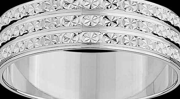 Goldsmiths Ladies three row sparkling cut ring in 9 carat