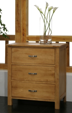 Oak 3 Drawer Chest Of Drawers - Blonde