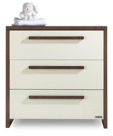 Latitude Chest of drawers