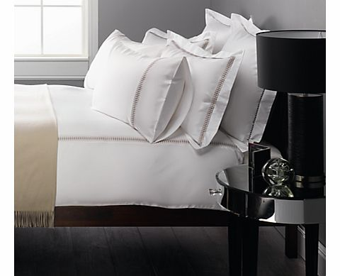 Hotel 800 Thread Count Bedding