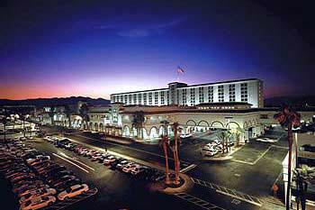 gold coast hotel casino 4000 w flamingo rd