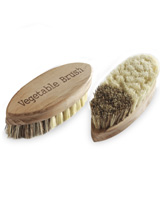 Vegetable Brush - scrub those potatoes!