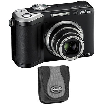 P60 Black Compact Camera with Bag
