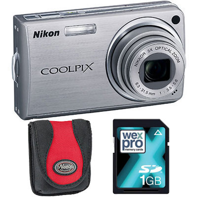 S550 Silver Compact Camera with Bag and