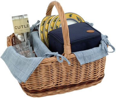 Brittany Picnic Basket for 4 People