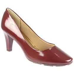 Female Brio803 Textile Lining Comfort Courts in Burgandy Patent