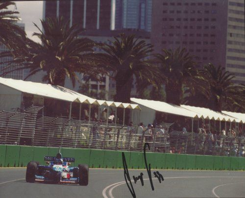 A signed Berger Benetton Australia 1996 Photo (25cm x 20cm)