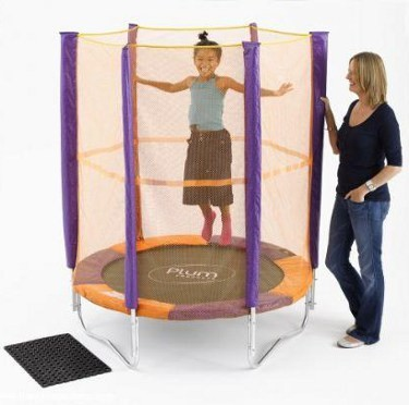 Plum Products © 4ft 6in Junior Trampoline and Enclosure