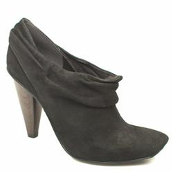 Female Anette Slouch Shoe Boot Suede Upper in Black