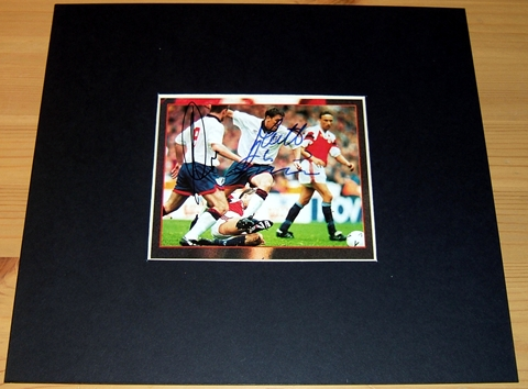 & LE TISSIER SIGNED PICTURE - MOUNTED TO