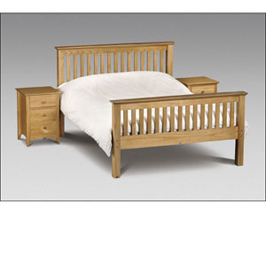 Barcelona 4ft 6 Double Solid Pine Bedstead