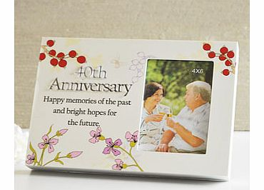 This unusual designed 40th Ruby Wedding Anniversary Floral Sentiment Block 4 x 6 Photo Frame is the ideal gift for a very special couple celebrating their 40 wonderful years of marriage.The photo frame is a block style on the front face is a slight t