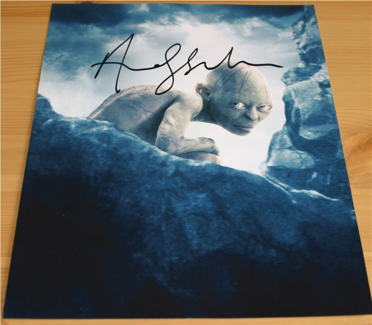 Superb signed photo of Andy Serkis - Gollum in Lord of the Rings. Signed in black pen. COA -