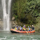 This half day scenic journey along the calmer waters of the Rangitekei River is well suited to famil