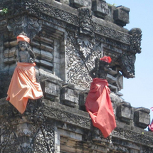 A fascinating introduction to the main attractions and lively markets of Denpasar, Bali's colo