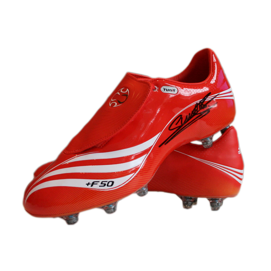 This Adidas   F50 football boot is the current top of the range model as worn by Arsenal striker Emm