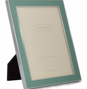 Enamel Sage Green Photo Frame - 4 x 6 inchesThis beautiful contemporary photo frame has an air of Artdeco style, with clean lines and minimalistic look.Made from sage green enamel and finished with chrome detailing, the frame is designed to hold a 4x