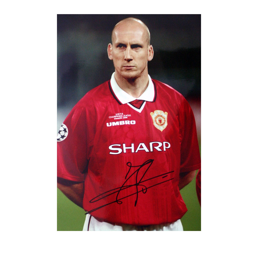 The photograph is 10` x 8` inches in size and shows Jaap Stam lining up for Manchester United before