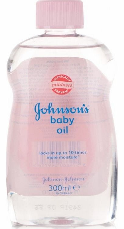 Johnsons Baby Oil moisturises and protects your babys delicate skin from dryness or irritation, by locking in up to 10 times more moisture when used on wet skin. This pure mineral oil is a clinically proven to be mild and gentle for your babys delica