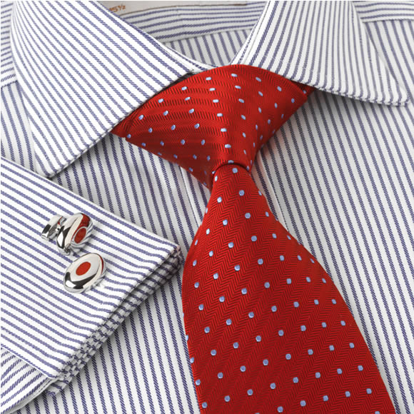 Our range of English tailored dress shirts are made from the best two-fold cotton from around the wo