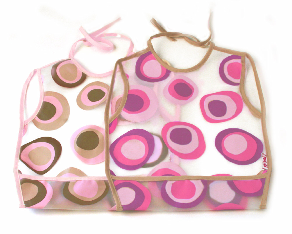 Ideal for feeding, craft and play, these versatile bibs are light, waterproof and easy to clean. EVA