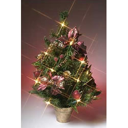 Stylish Christmas tree, easy to assemble and storePre decorated traditional Christmas decorationEleg