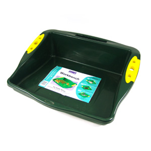 Make your life easier when potting up with this convenient and handy workbench. It is ideal for hold