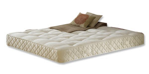 Mattress Specification  • Classic hand-tufted model   • 700 Posture