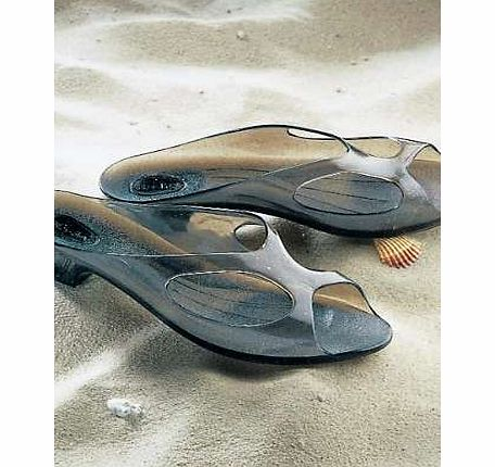 A stylish pair of beach shoes made in a smoky coloured transparent material, and giving a sparkling effect.Beach Shoe Features: Perfect for the beach or around the pool Waterproof, ideal for wet conditions 100% Plastic Heel height: 2.5 cm (1 ins)Plea