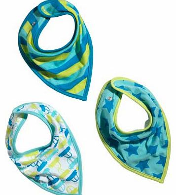 Pack of 3 star. stripe and car bandana fashion styled bibs. Composition: 100% cotton. Lining 68% cotton. 32% polyester. Machine washable at 40?C. EAN: 1706987.