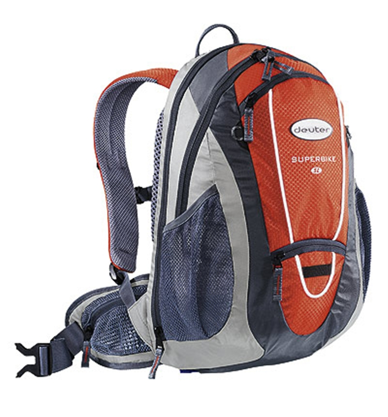 The youngest son of the biker backpack family. The new slip-stream shape can be expanded by means